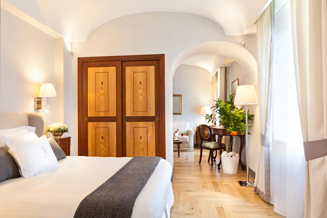 albergo 5 stelle sorrento junior